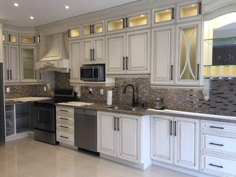 Everlast Kitchen Wood Work Cabinet, Sky Kitchen Cabinets Mississauga On L5s 1m9